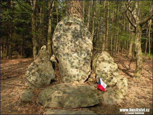 Trocnov – pamětní kámen připomínající místo narození Jana Žižky
