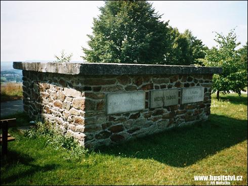 Domažlice – památník bitvy na Baldovském návrší