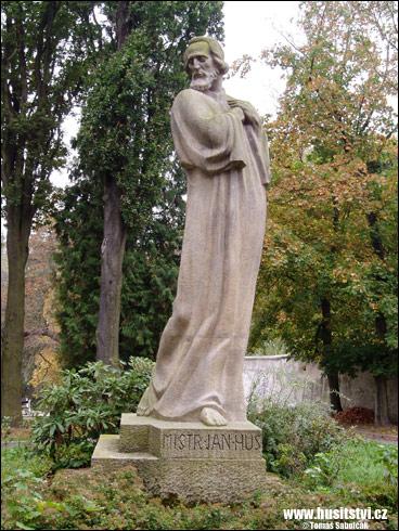 Jindřichův Hradec – památník Jana Husa