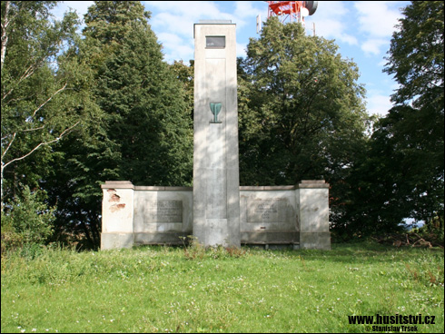 Mandava – památník setkání Na Křížkách