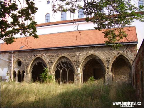 Znojmo – Loucký klášter obsazený v roce 1425 husity