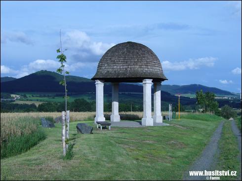 Klobouk (Gloriet) na Šumavě – místo pojící se, dle pověsti, k bitvě u Domažlic
