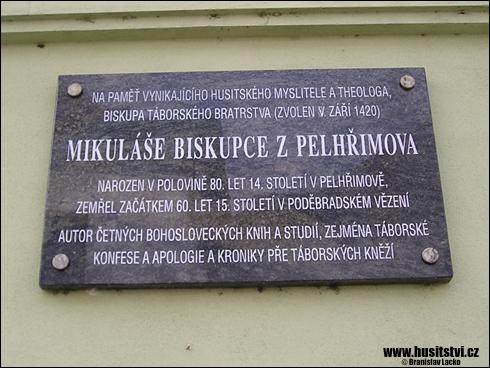 Pelhřimov – pamětní deska Mikuláše z Pelhřimova