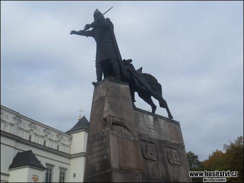 Vilnius (LT) - Vitold Veliký na Gediminasově pomníku
