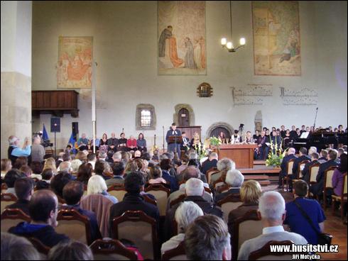 Oslavy 600. výročí znovuobnovení vysluhování podobojí (13.10.2014, Betlémská kaple, Praha)