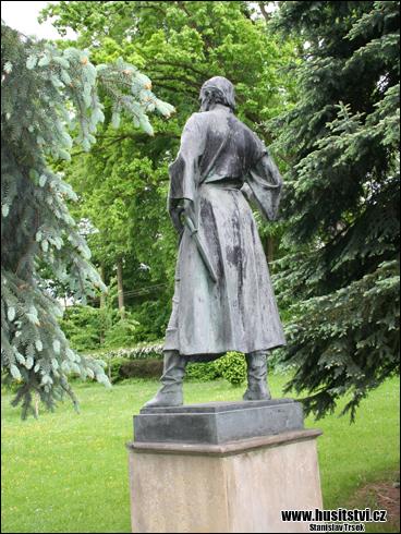 Želiv - socha Jana Želivslkého