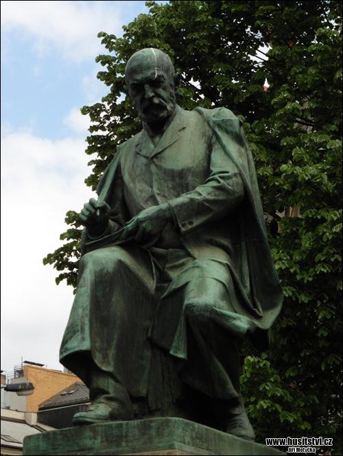 Praha - Jiráskovo náměstí