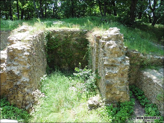 Nový hrad u Kunratic - dobytý husity