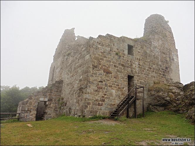 Přimda - hrad v r. 1429 husity neúspěšně obléhaný