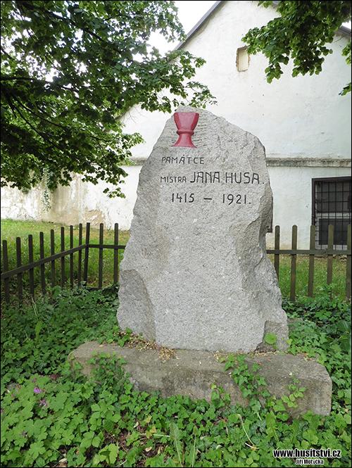 Praha (Ruzyně) - Husův památník