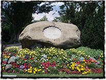 Památník Jana Husa v podobě kamene v Kostnici na domnělém místě upálení (instalován v roce 1862)