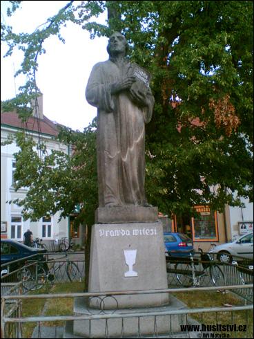 Soběslav – památník Jana Husa