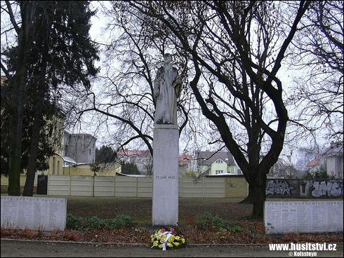 Nymburk – památník Jana Husa