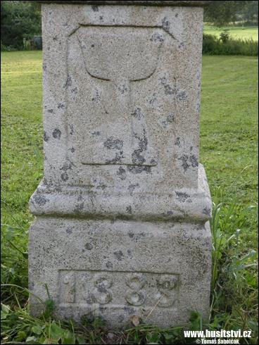 Zálezly – protestantský kříž