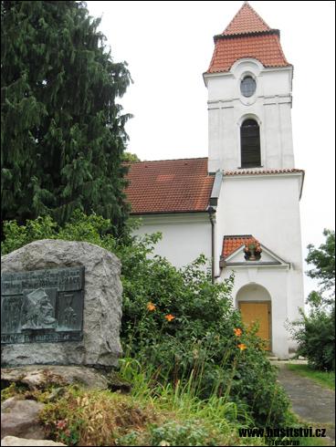 Soběhrdy – památník Jana Husa