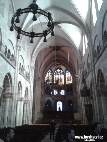 Basilej (CH) – gotická katedrála Münster