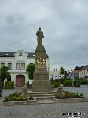 Vamberk - památník Jana Husa
