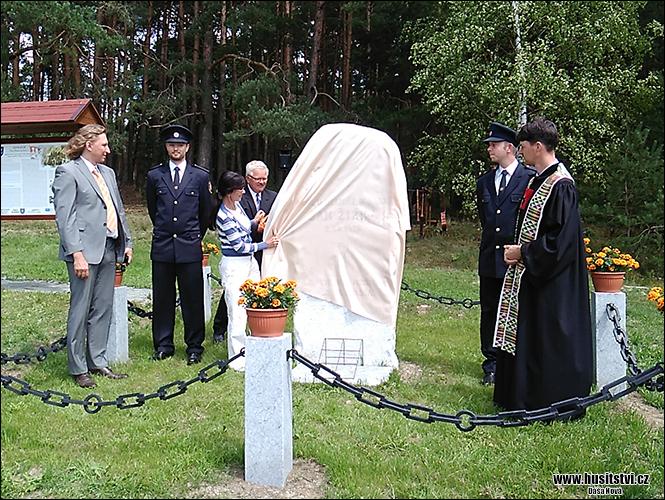 Nekmíř - pomník bitvy