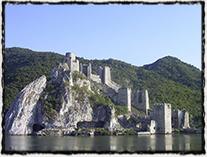 Pevnost Golubac na Dunaji, kde utrpěl Zikmund v roce 1428 krutou porážku od Turků.